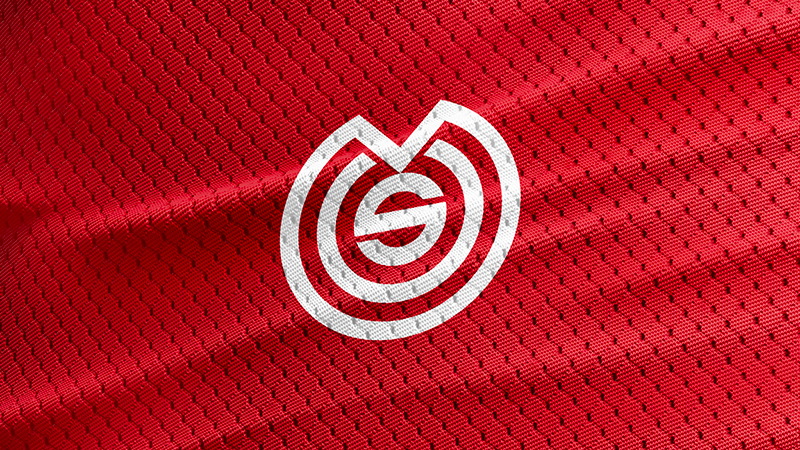 Logo du MOS (Muzillac Olympic Sport) sur un maillot de football.
